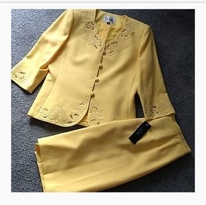 Le Suit embroidery new Skirt suit